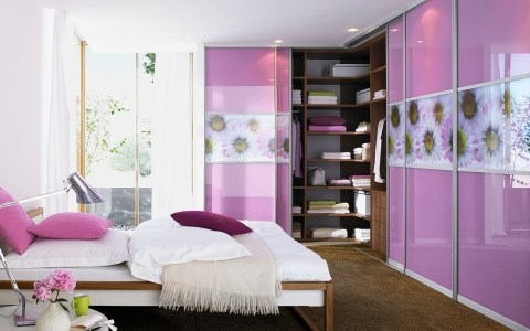 Sliding wardrobe doors with interiors