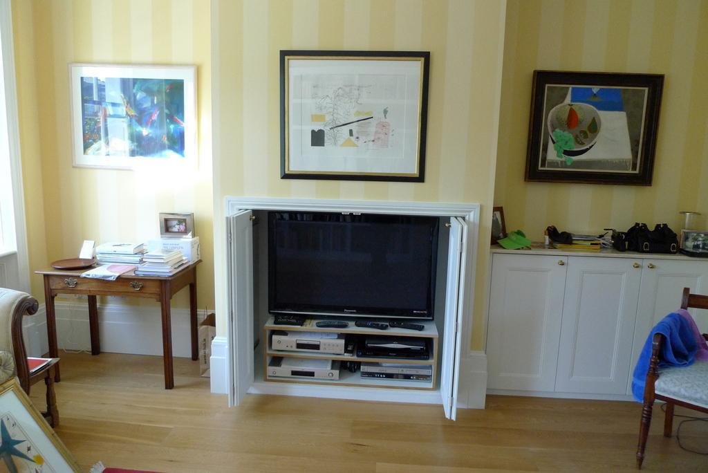 ABC urządzania domu, czyli jakie szafy na wymiar występują na rynku