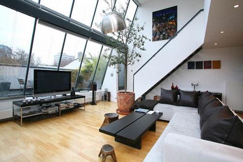 Как украсить квартиру с высокими потолками?