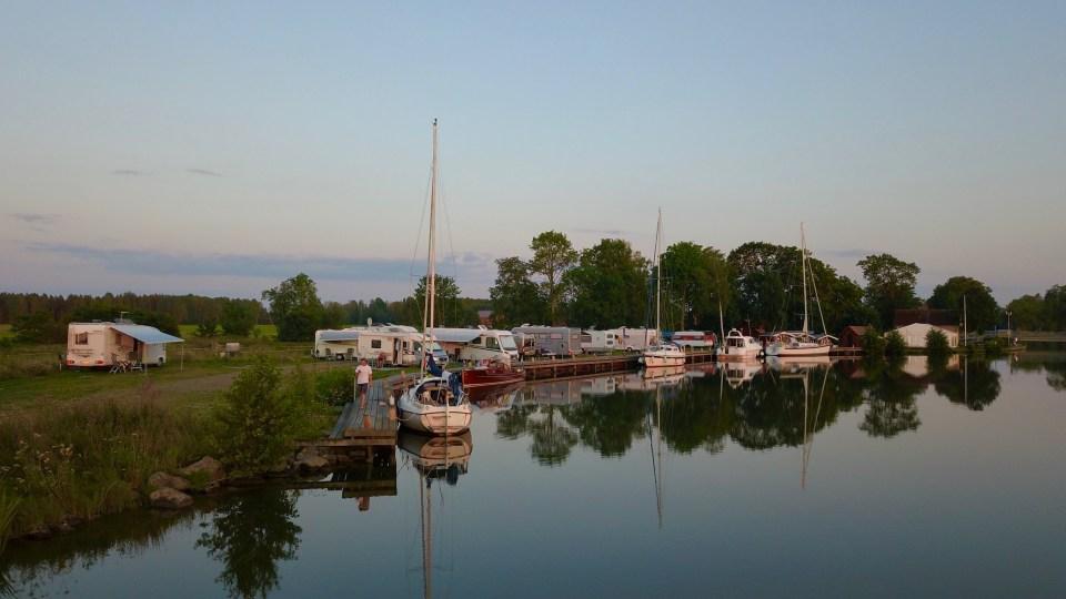 """Kanalen """"stänger"""" mellan 20 -09. Då tar båtarna natt."""