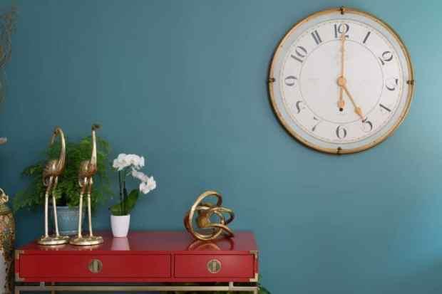 the green hour--a darker shade of grey blue-green | @meccinteriors | design bites