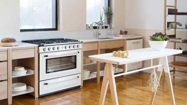 a simple made in canada modular kitchen   @meccinteriors   design bites