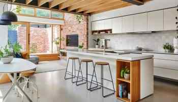 the making of a bright and spacious tiny house | mecc