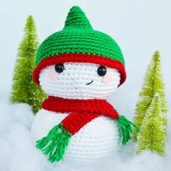 Crochet Pattern For Snowman Free Snowman Crochet Pattern Craftgawker