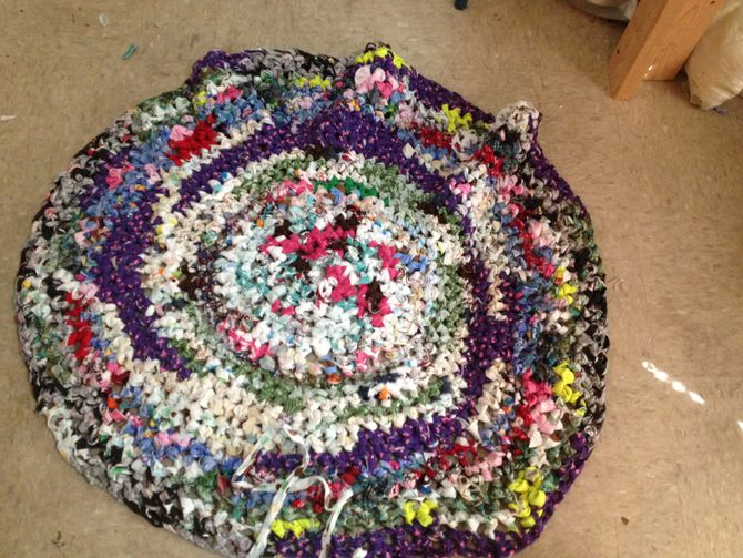How To Make A Crochet Pattern How To Make A Crocheted Rag Rug 11 Steps With Pictures