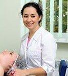 Anastasia Zaslavskaya, hudläkare, kosmetolog