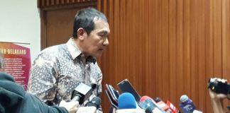 Wakil Ketua Komisi Pemberantasan Korupsi Saut Situmorang, Jumat (10/11/2017)(Kompas.com/Robertus Belarminus)