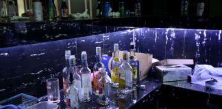 Suasana Diskotek MG International Club di Tubagus Angke, Jakarta Barat, Senin (18/12/2017). Tim BNNP dan BNN melakukan penggrebekan pada Minggu (17/12/2017) setelah terindikasi terdapat pabrik narkotika jenis shabu dan ekstasi cair yang terdapat di diskotek tersebut.(KRISTIANTO PURNOMO)