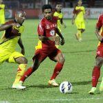 Persib: Patrich Wanggai Ingin Gabung Sriwijaya FC Patrich Wanggai (kiri) hengkang dari Persib untuk berlabuh bersama Sriwijaya FC pada musim depan. (Muhammad Arif Pribadi)