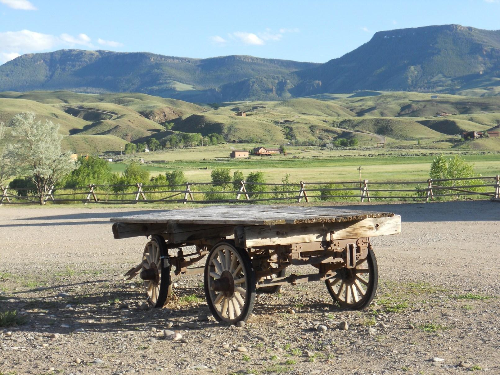 wagon-1244491_1920