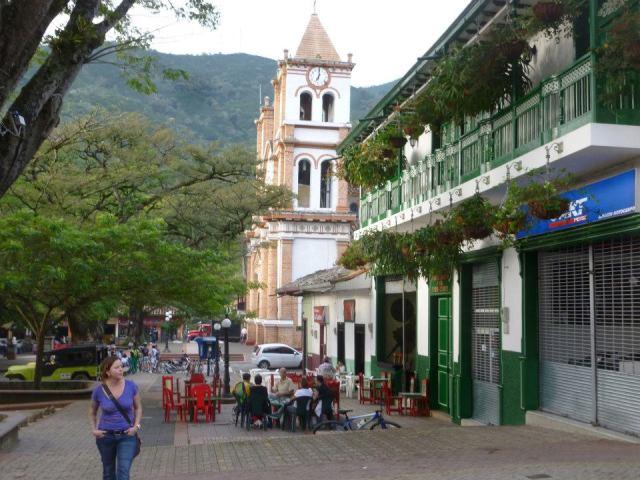 A glimpse at downtown Ciudad Bolívar