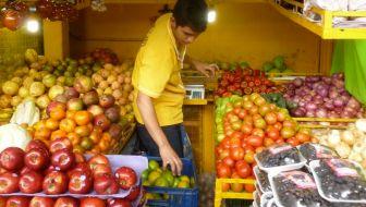 Plaza Minorista: A Farmer's Market in El Centro