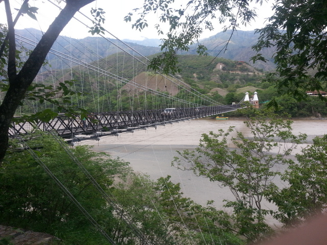 Puente de Occidente over the Rio Cauca