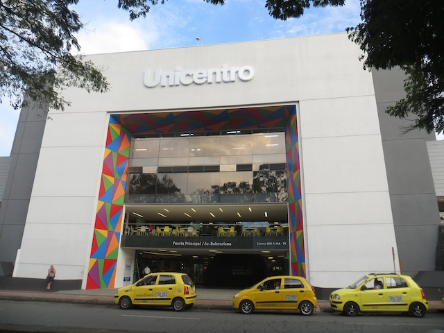 Main Entrance to Centro Comerical Unicentro in Medellín