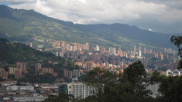 View of El Poblado (photo by David Lee)