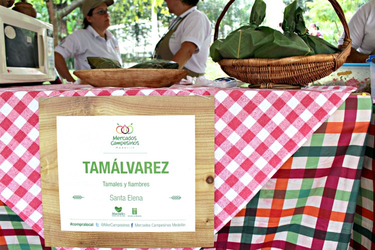 Ready-to-eat tamales from Tamálvarez at Mercados Campesinos Medellin