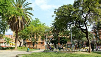 Parque de La Floresta: A Calm Oasis in a Bustling Urban Center