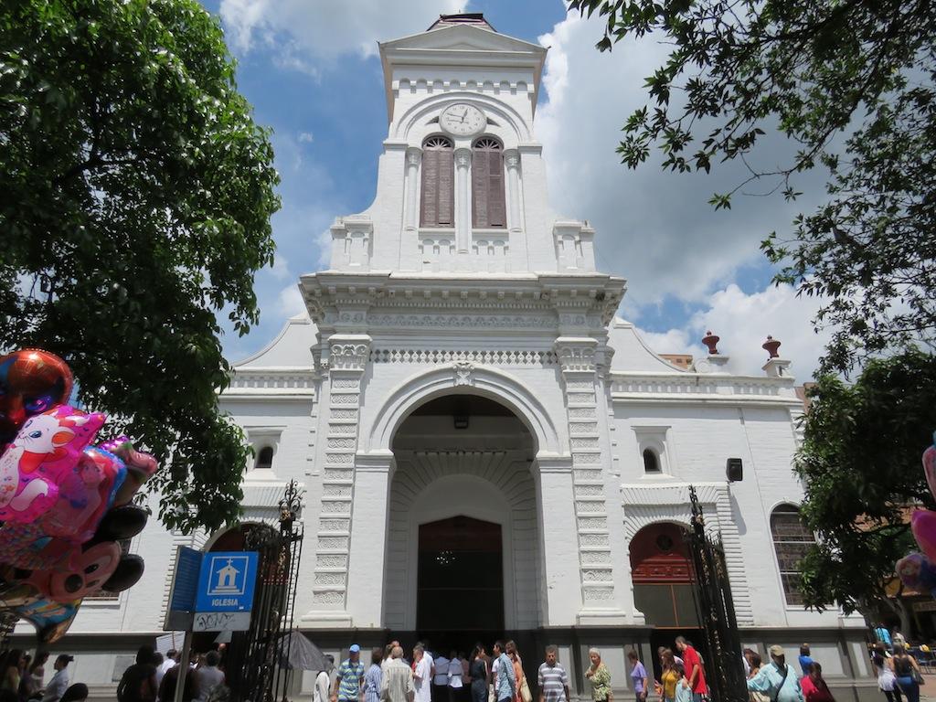 The facade of Iglesia de Santa Ana in Sabaneta