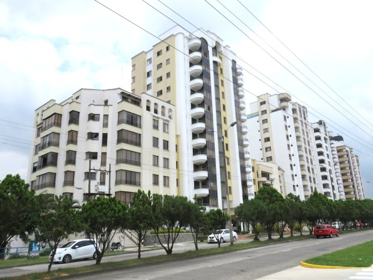 Apartments in upscale Pineras area of Pereira