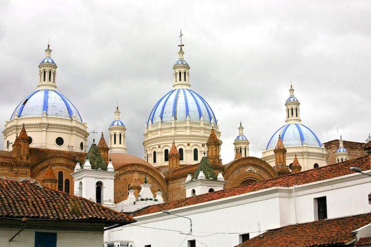 Domes of Catedral de la Inmaculada Concepcion in Cuenca (photo by Alex Proimos)