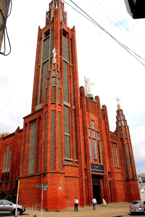 Iglesia San Pedro Claver in Bucaramanga, photo by Jefferson Alfonso
