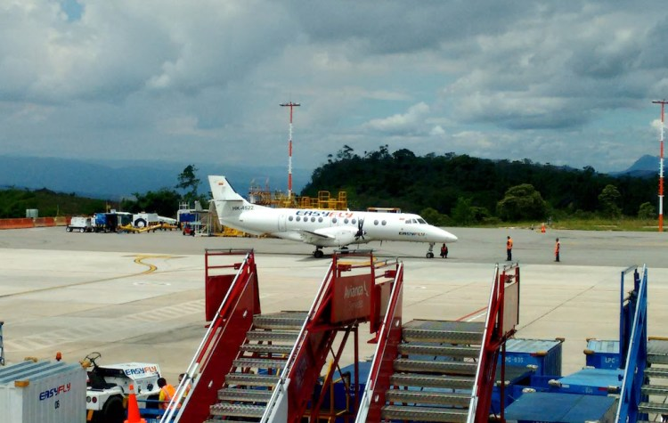 EasyFly at Palonegro airport in Bucaramanga, photo by Santiagoalbar15