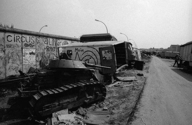 Scan 131104 00011 La historia de cómo el techno unificó a Berlín después de la caída del Muro