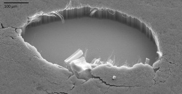 carbon-nanotubes-super-black-on-silicon-640x330