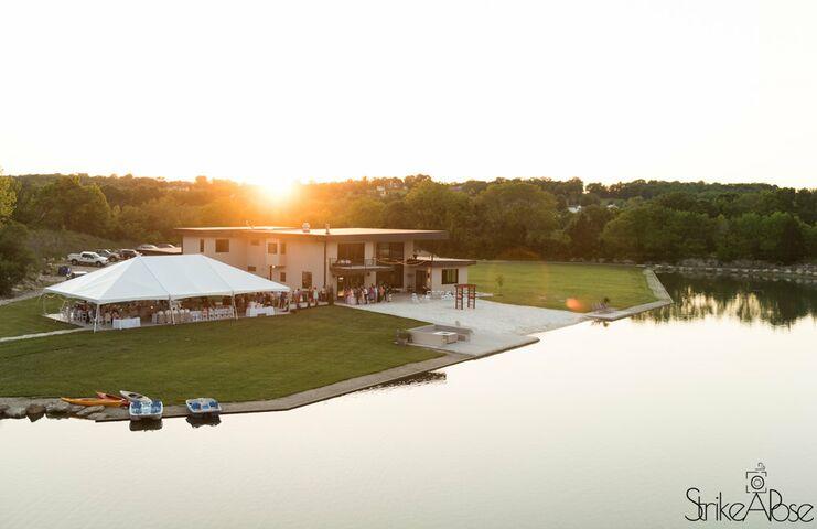 Sunset Bluffs Venue The Newest Venue In St Louis