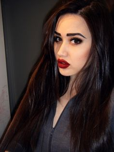 REALLY BAD EYEBROWS On Pinterest Eyebrows Brows And Makeup