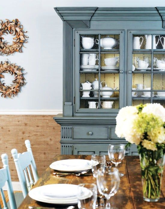 The colours are so peaceful and wonderful and the country style with the wreaths and wooden finishes are lovely!
