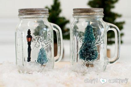 Mason Jar Salt & Pepper Shaker Christmas Snowglobes {Crafts by Courtney}