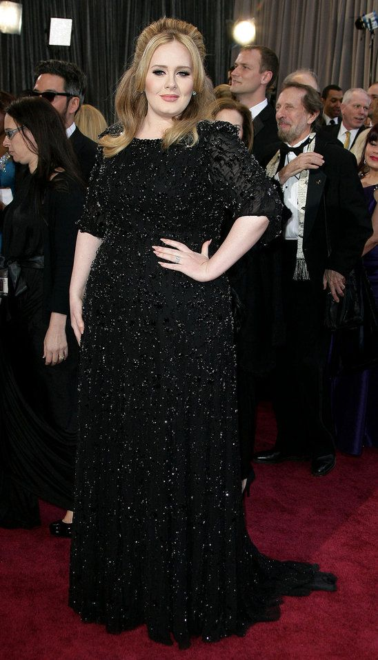 She does black well. (Adele at Oscars 2013 Red Carpet)