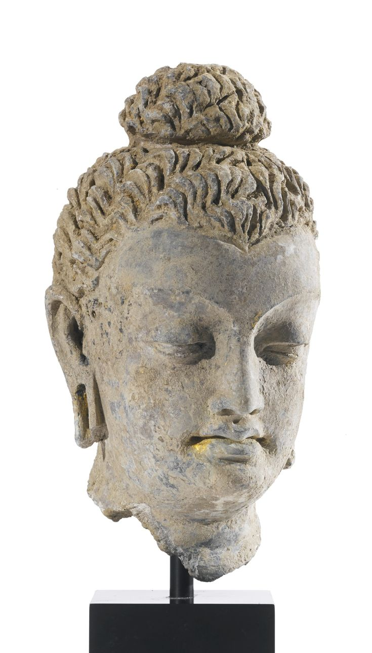 A TERRACOTTA HEAD OF BUDDHA ANCIENT REGION OF GANDHARA, KUSHAN PERIOD, 4TH / 5TH CENTURY | Lot | Sotheby's