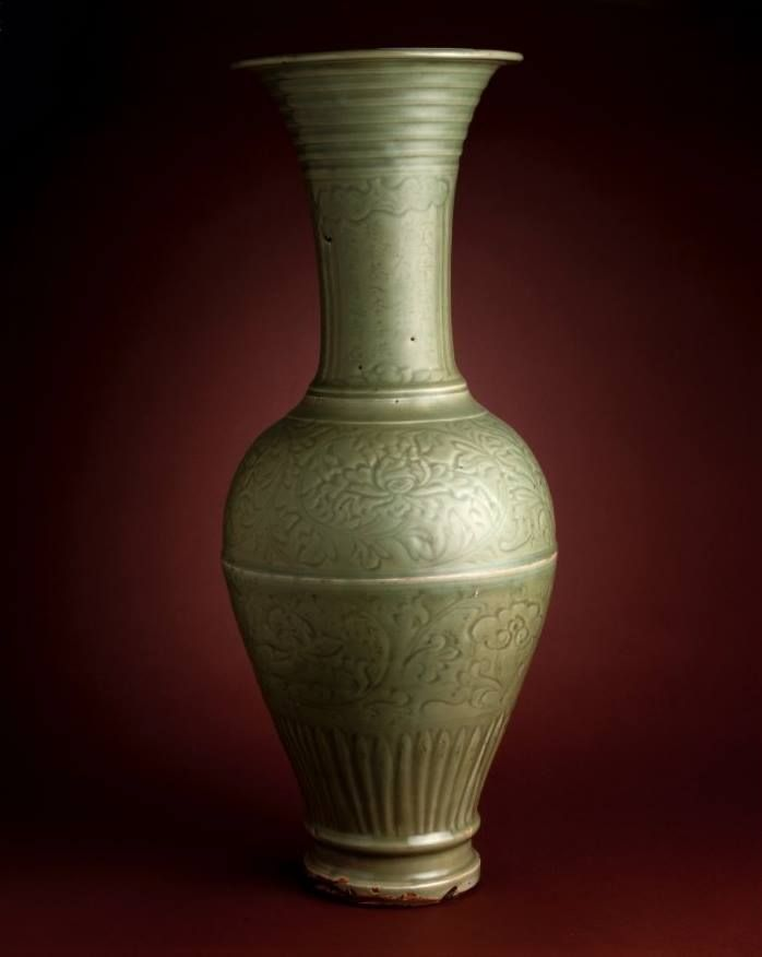Large dated temple vase, Ming dynasty, dated around AD 1454. Stoneware, porcelain-type, incised, carved and with celadon glaze, Longquan ware 龍泉窯, Longquan region, Zhejiang province 浙江省,龍泉地區. Height: 690 millimetres. Sir Percival David Foundation of Chinese Art (1952 – 2007). PDF.238. British Museum © Trustees of the British Museum