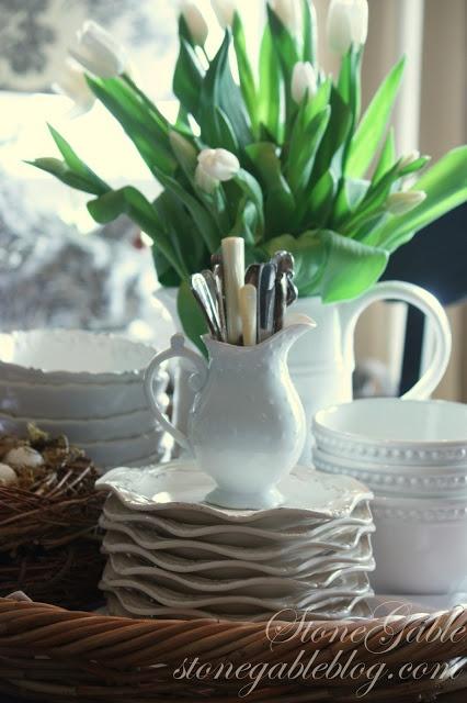 Kitchen Table Centerpiece Displays