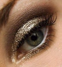 pretty shimmer glitter eyeshadow
