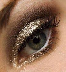 pretty shimmer glitter eyeshadow