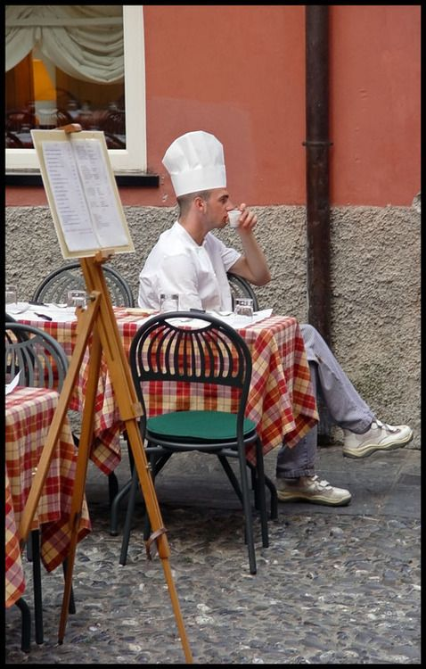 Break Time - Genova, Italia (via Break Time, a photo from Genoa, Liguria | TrekEarth)