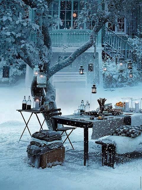 christmasoutside.jpg