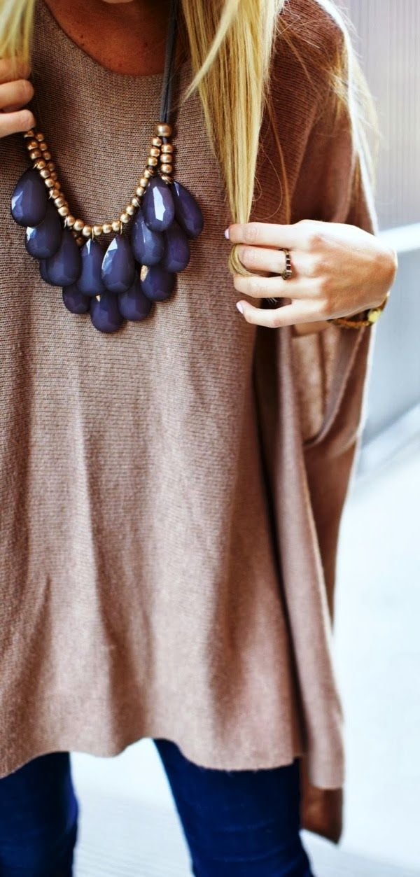 Casual oversized sweater shirt and necklace | mitzitup.com