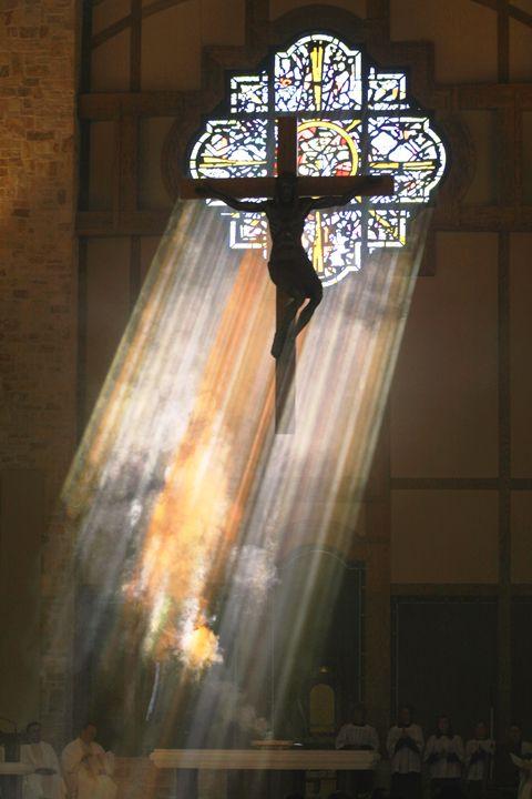 Christ the Redeemer - Rose Window and Crucifix  Christ the Redeemer Parish, Houston, Texas USA  Glasswork: Ken vonRoenn; Cross image: Wiktor Szostalo  Architect: Stephen A. Lucchesi, AIA