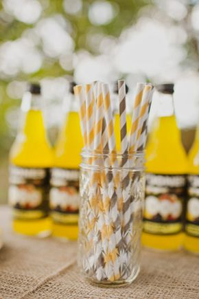 Wedding straws. photo by katiedayphoto.com #yellowwedding #weddingdecor #weddinginspiration #modernwedding
