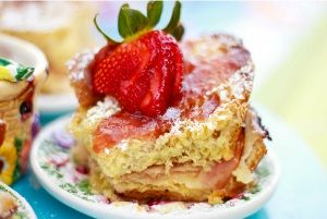 Monte Cristo Easter Brunch Casserole. #Easter #recipes