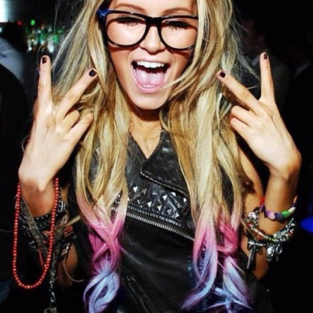 Love chalked hair!! Bangles, glasses, long blonde hair, leather, studs, dark nails, party