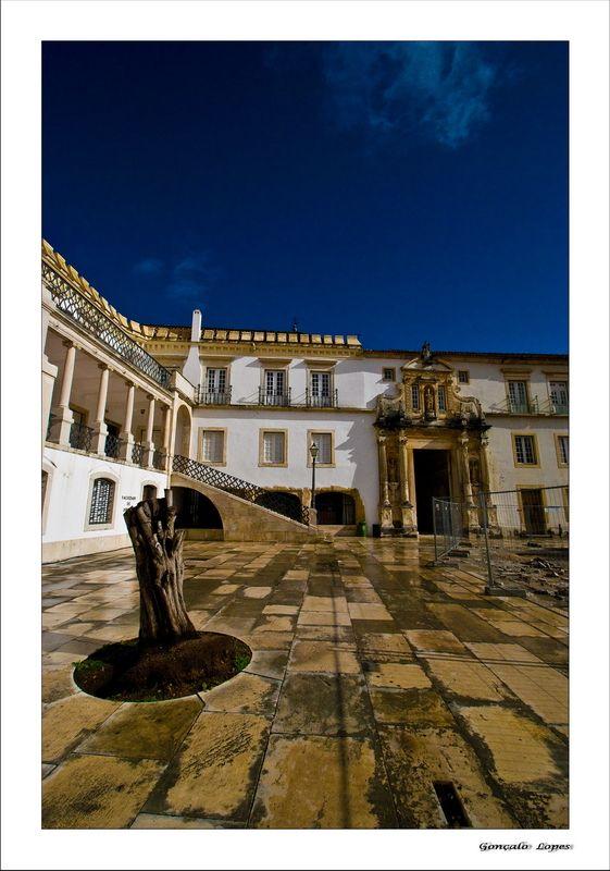 Il vecchio cortile della U. di Coimbra - Coimbra, Portogallo