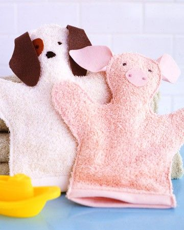 Washcloth Puppets: Made from terry cloth, you can make fun animals or people for a gift is a great idea.