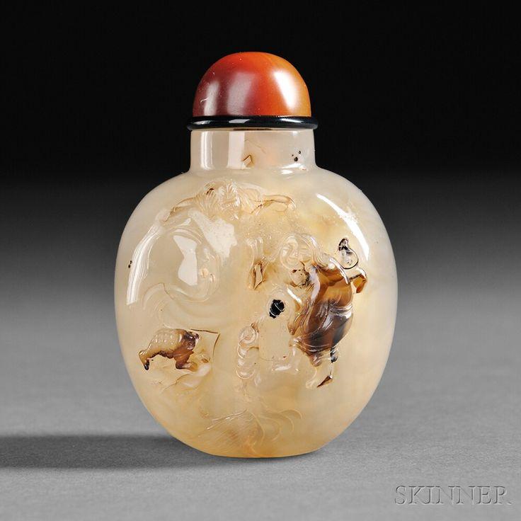 Suzhou-style Agate Snuff Bottle, China