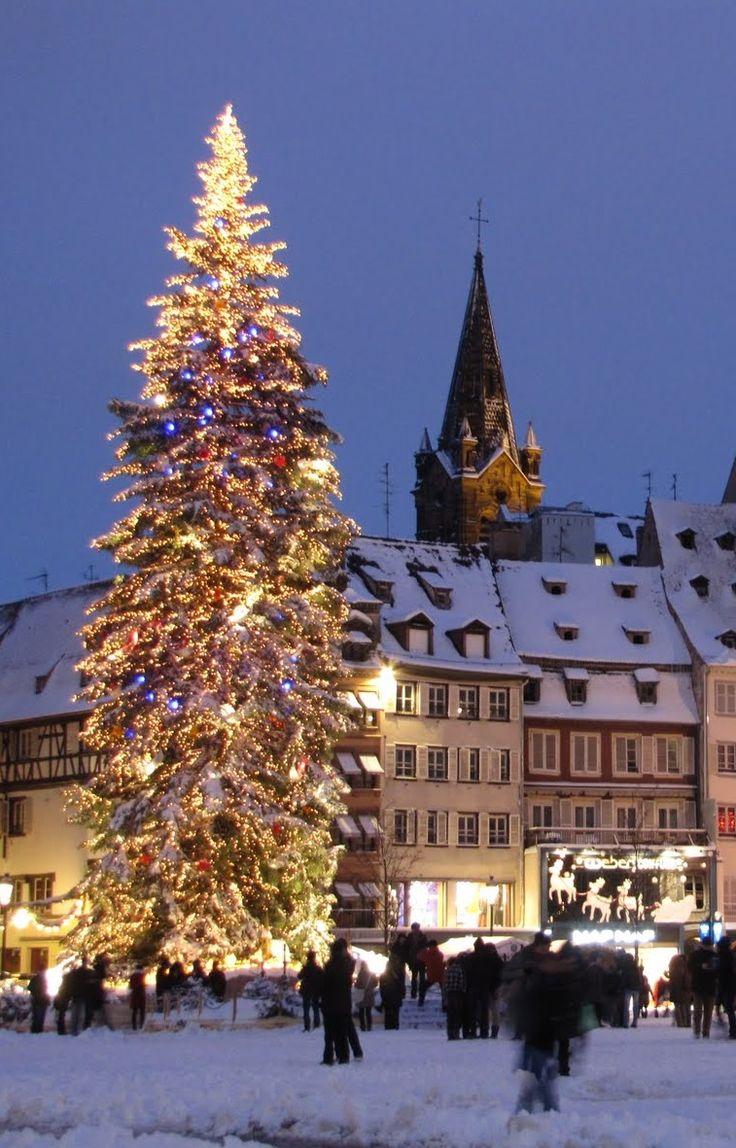 destination-voyage-Strasbourg-France-marché-de-Noël