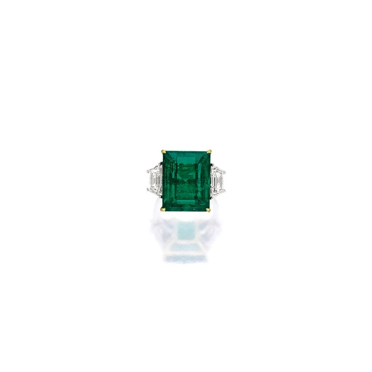 Very Fine Emerald and Diamond Ring, Harry Winston | Lot | Sotheby's